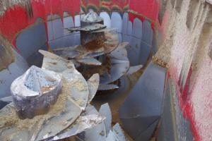 Auger modification on JF Stoll Cattle diet mixer