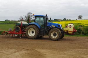 No-till seed drill with liquid fertiliser made in Northants workshop